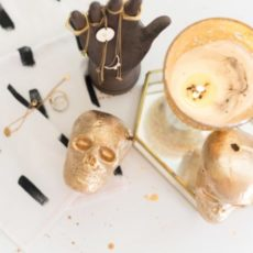 Diy decorative gold skulls