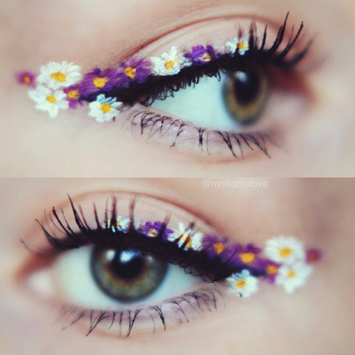 Dainty floral liner