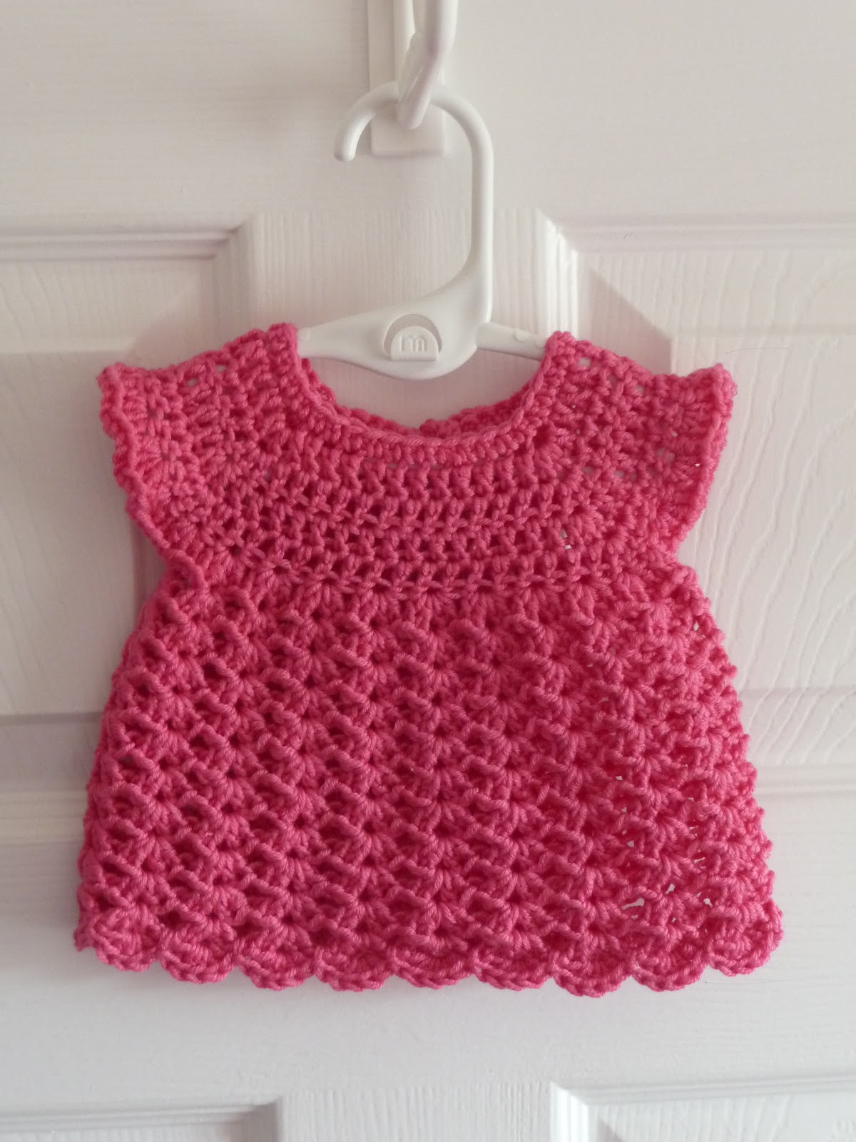 Dinky crochet baby dress