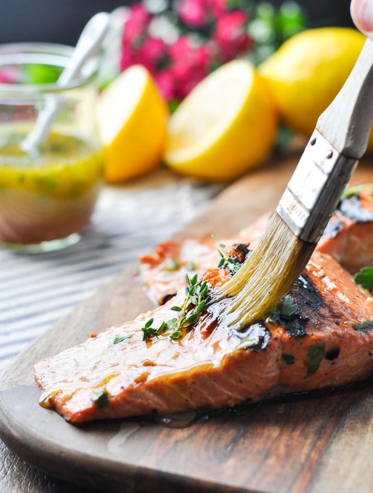 Garlic and herb salmon marinade