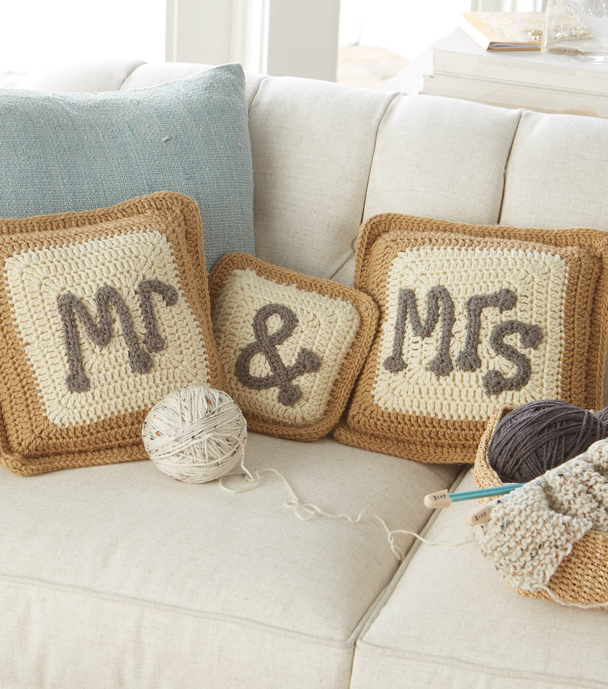 Mr and mrs crocheted pillow cases