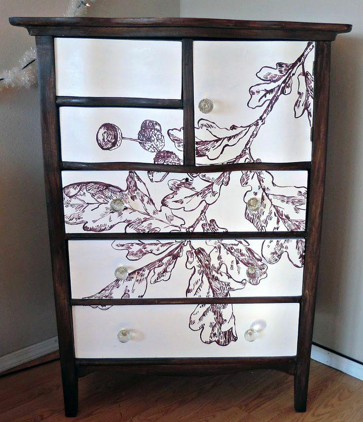 Painted oak leaf dresser