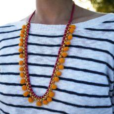 Pom pom orange necklace