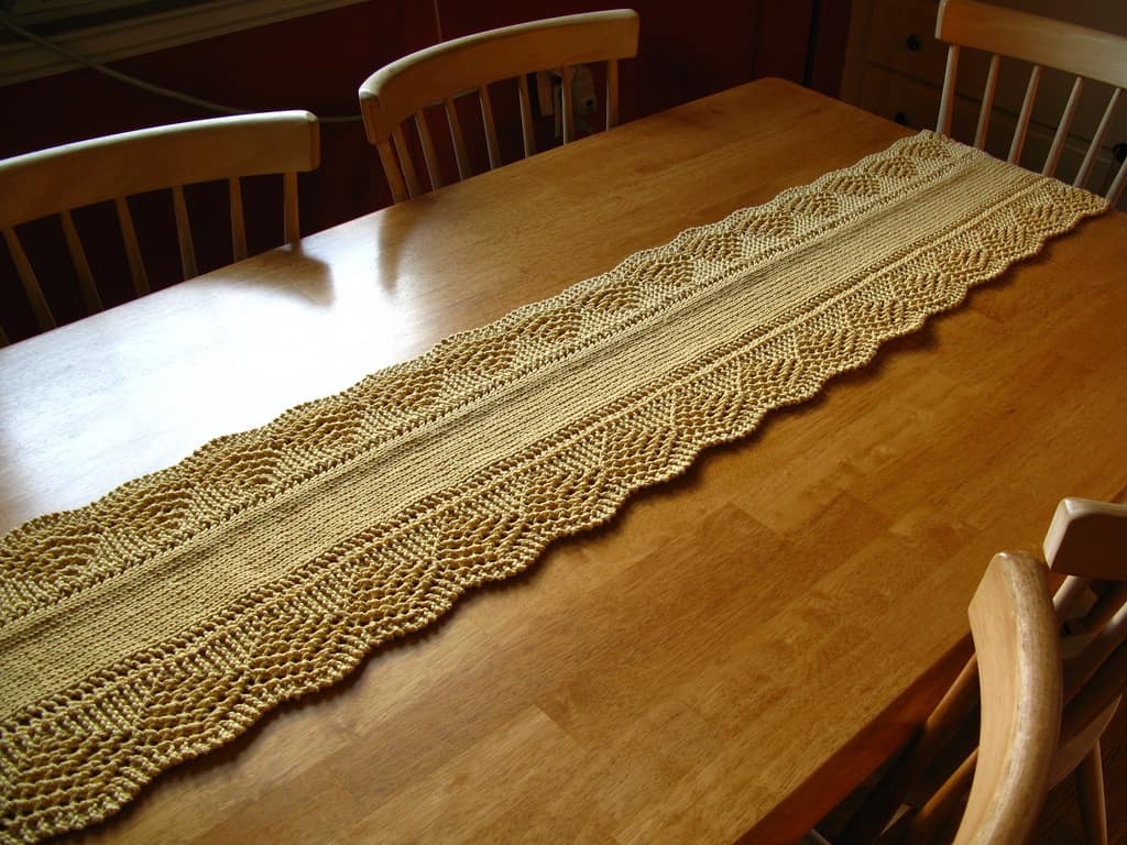 Scalloped table runner by amy stender