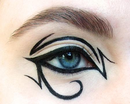 Sharp egyptian inspired eyes
