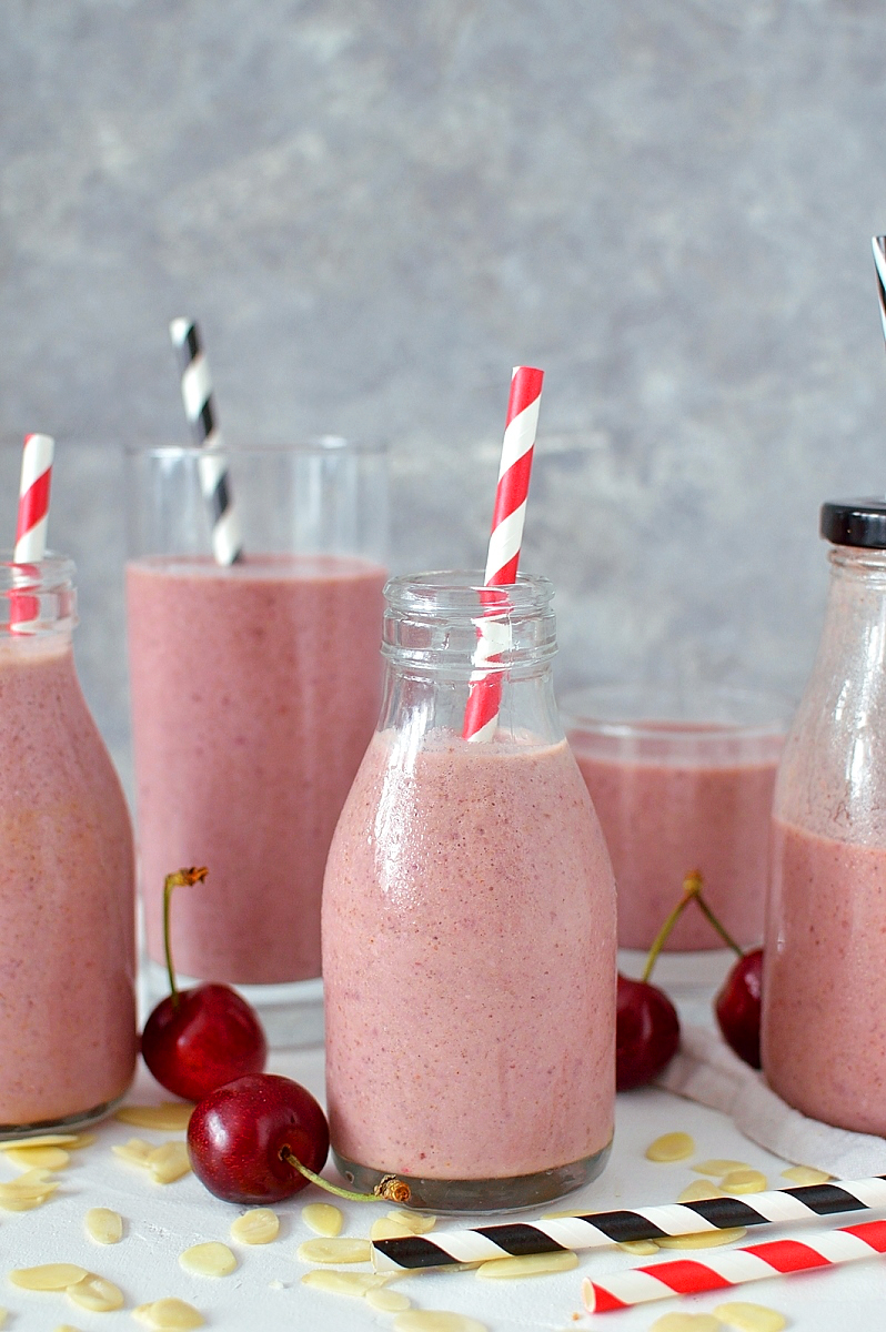Cherry Bakewell tart smoothie - the classic British tart in healthy smoothie form!