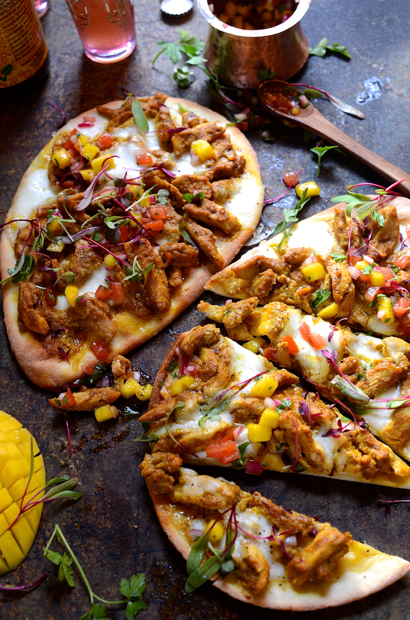 Chicken korma naan bread pizza