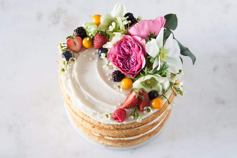 Diy homemade naked cake