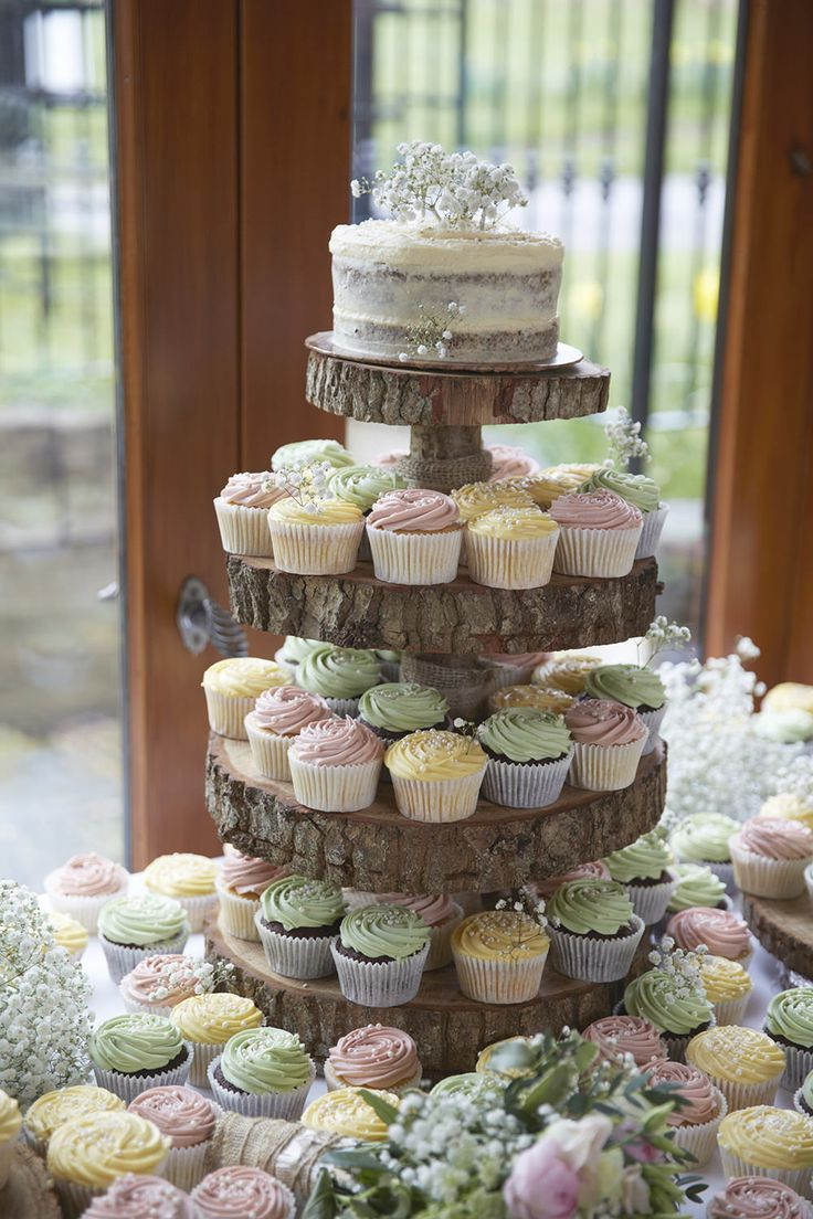 Rustic cupcake tower diy