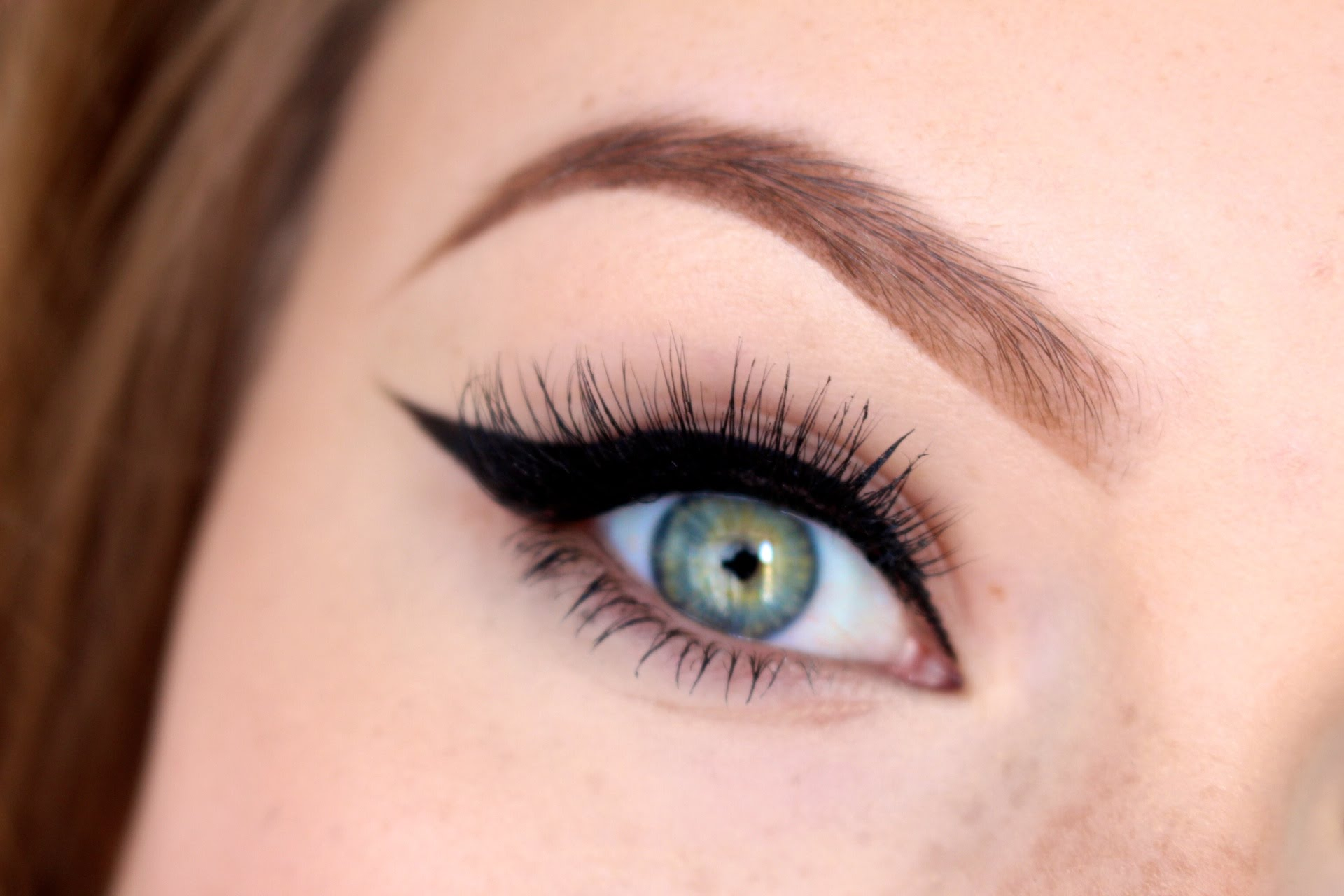 Winger eyeliner tutorial