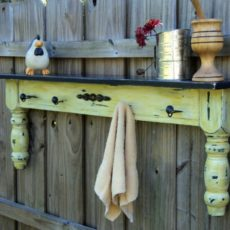 Decorative table piece fence shelf