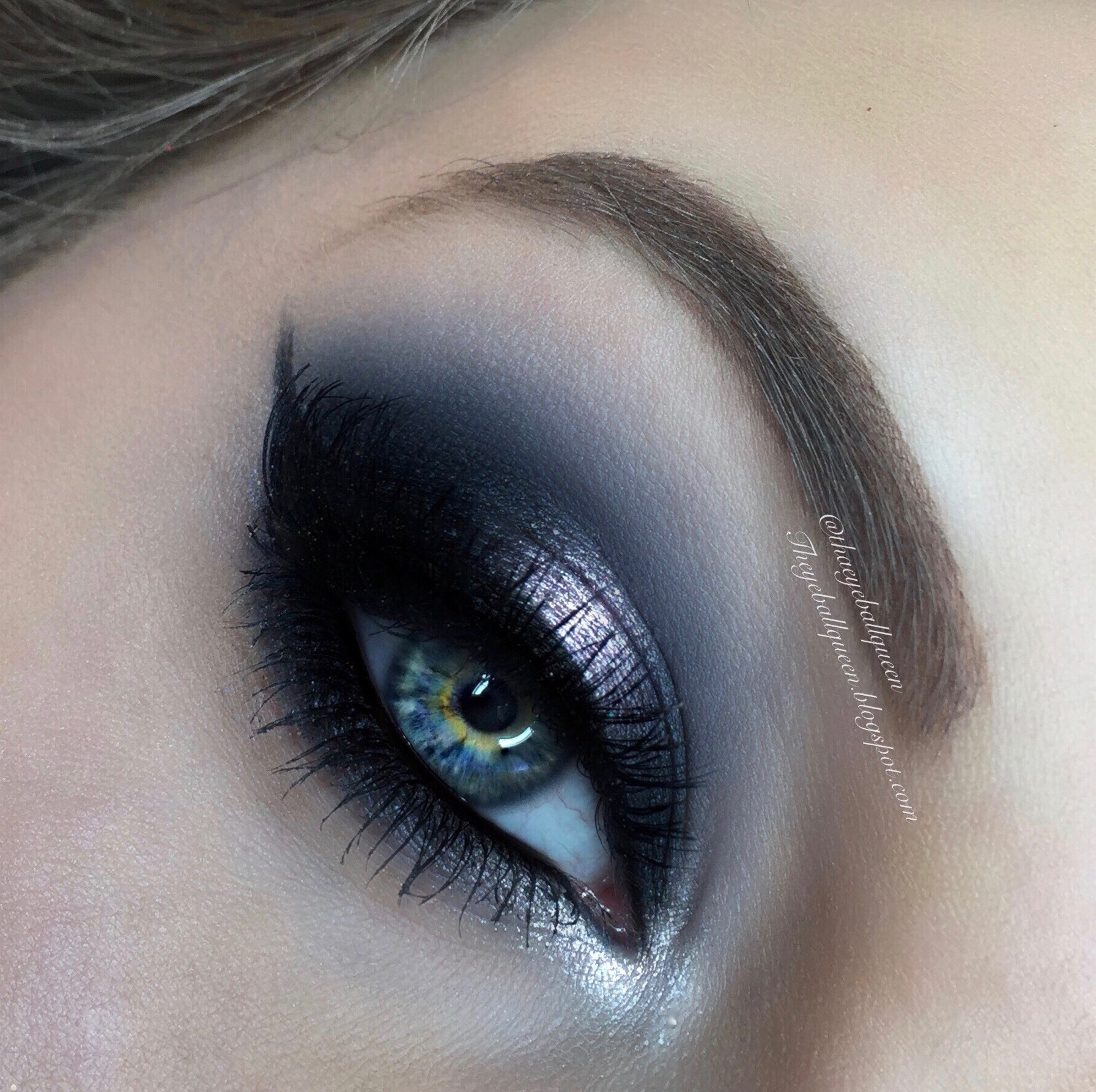 Deep blue and steel silver smoky eye