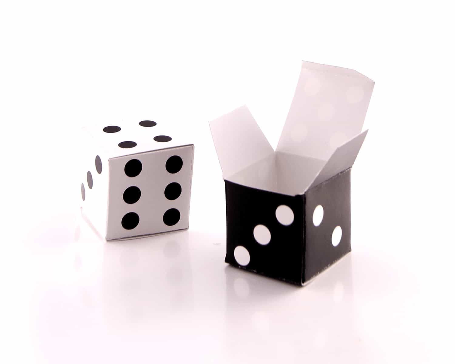 Dice party favour boxes