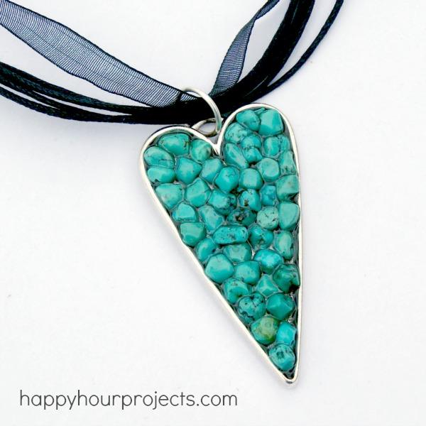Druzy resin necklace