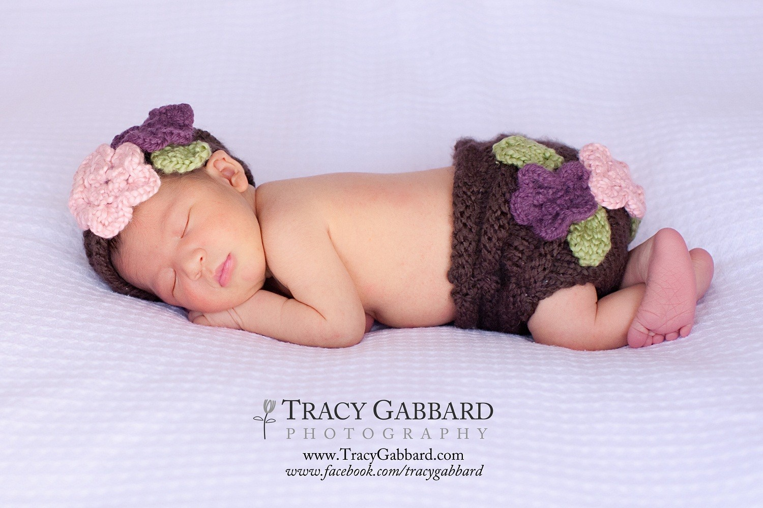 Flower applique diaper cover and matching hat