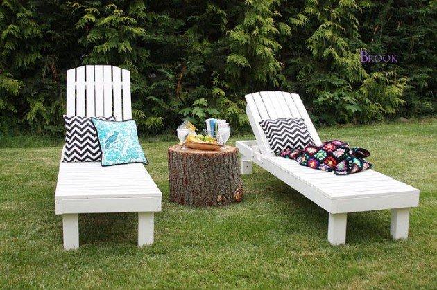 Long pallet garden loungers