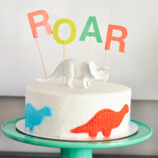 Roaring dinosaur birthday cake