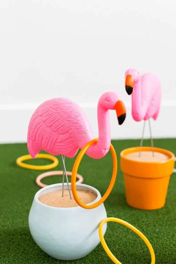 Diy flamingo ring toss