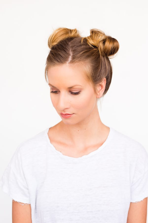Double bun pigtails hair tutorial