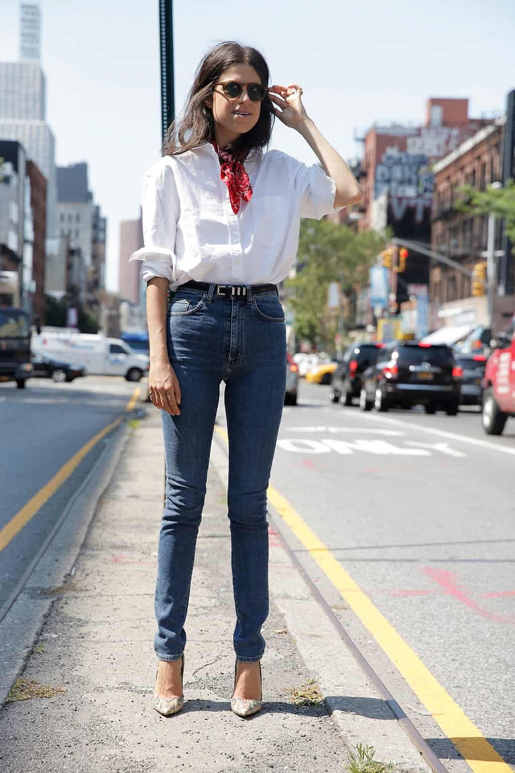 High waisted jeans with button up blouse concert outfit idea