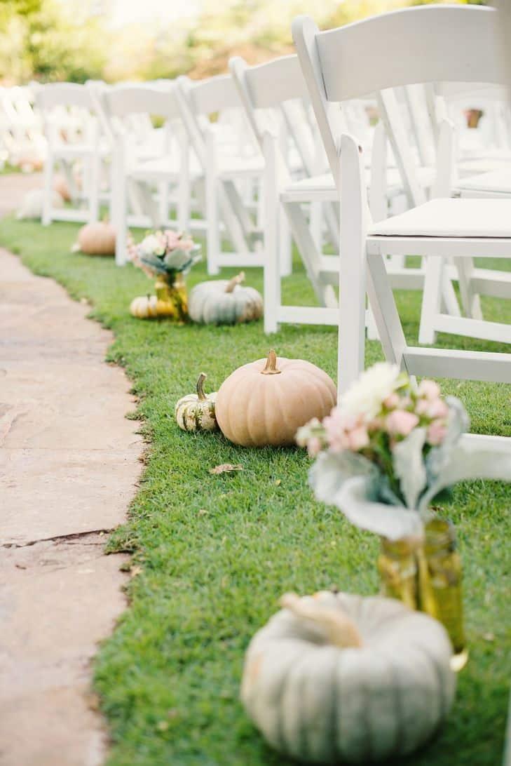 40 diy fall wedding ideas that pay homage to the season pumpkin wedding aisle diy junglespirit Gallery