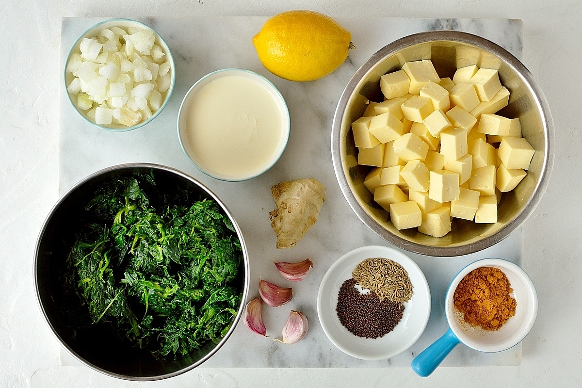 Savoury pancakes with spinach and paneer filling ingredients