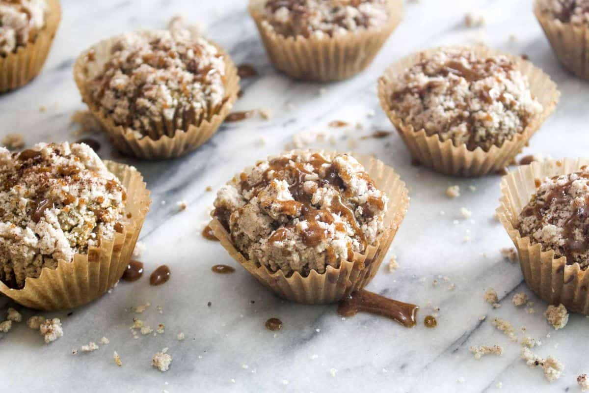 Apple muffins with spiced crumble easy recipe for fall