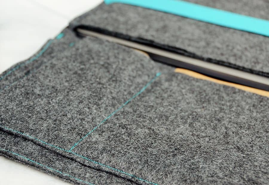 Diy felt laptop case blue contrast