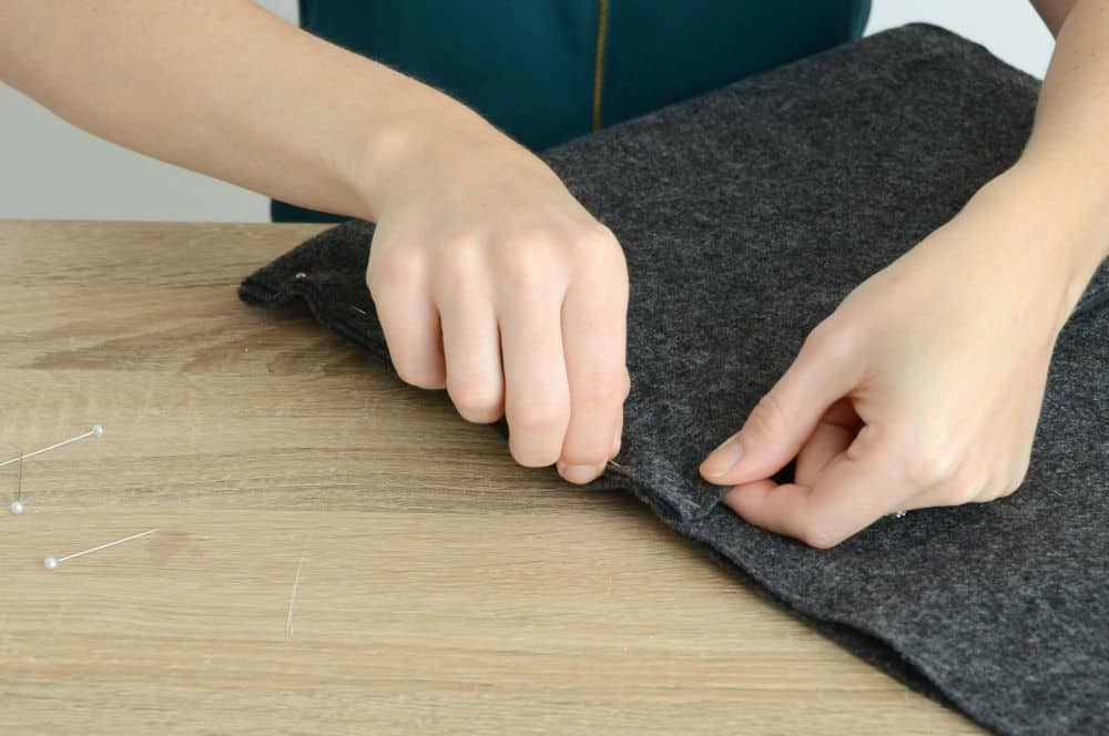 Diy felt laptop case fold
