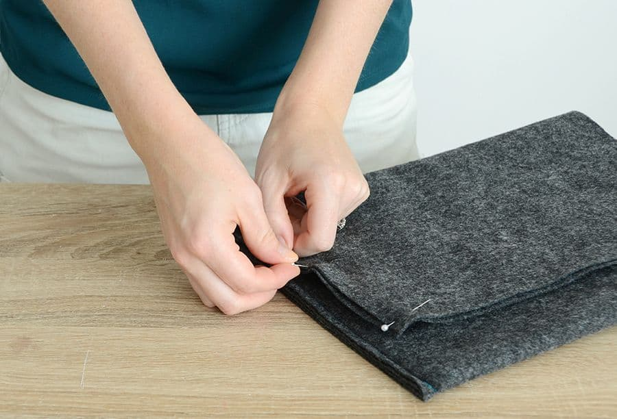 Diy felt laptop case inner flaps