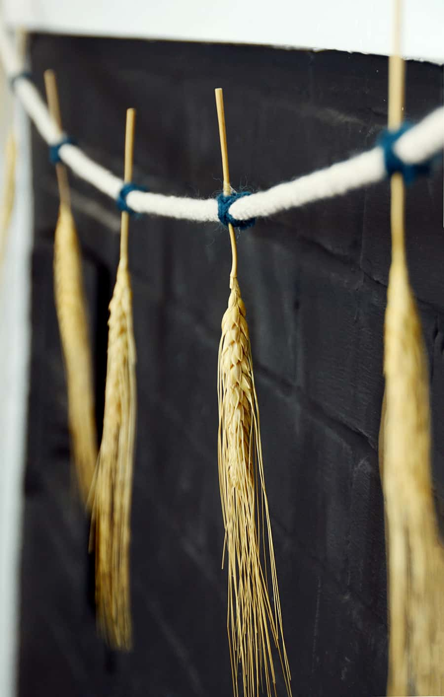 DIY Fall Dried Wheat Garland