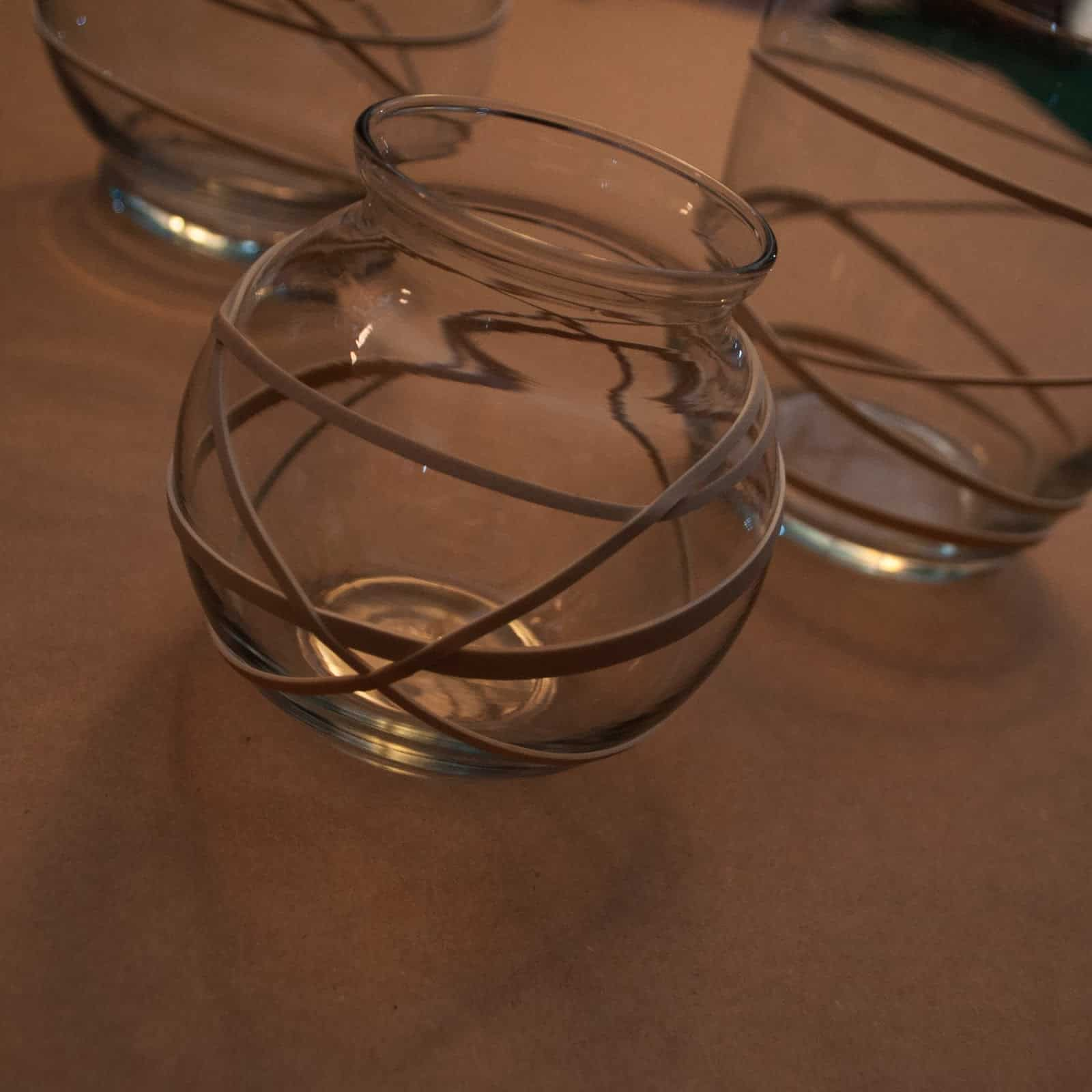 Frosted rubber band glasses