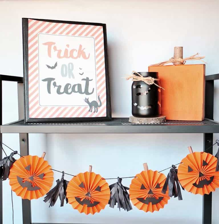 Rosette pumpkin garland diy for halloween