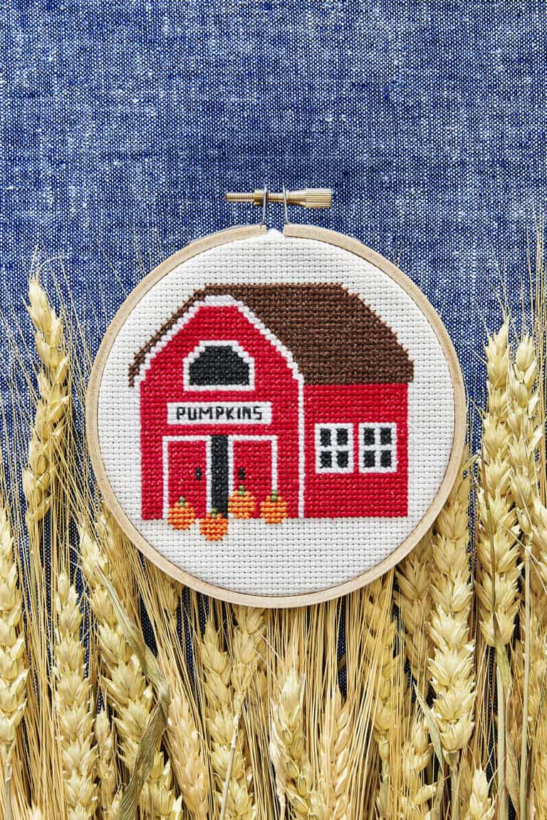 Cross stitch pumpkin barn diy