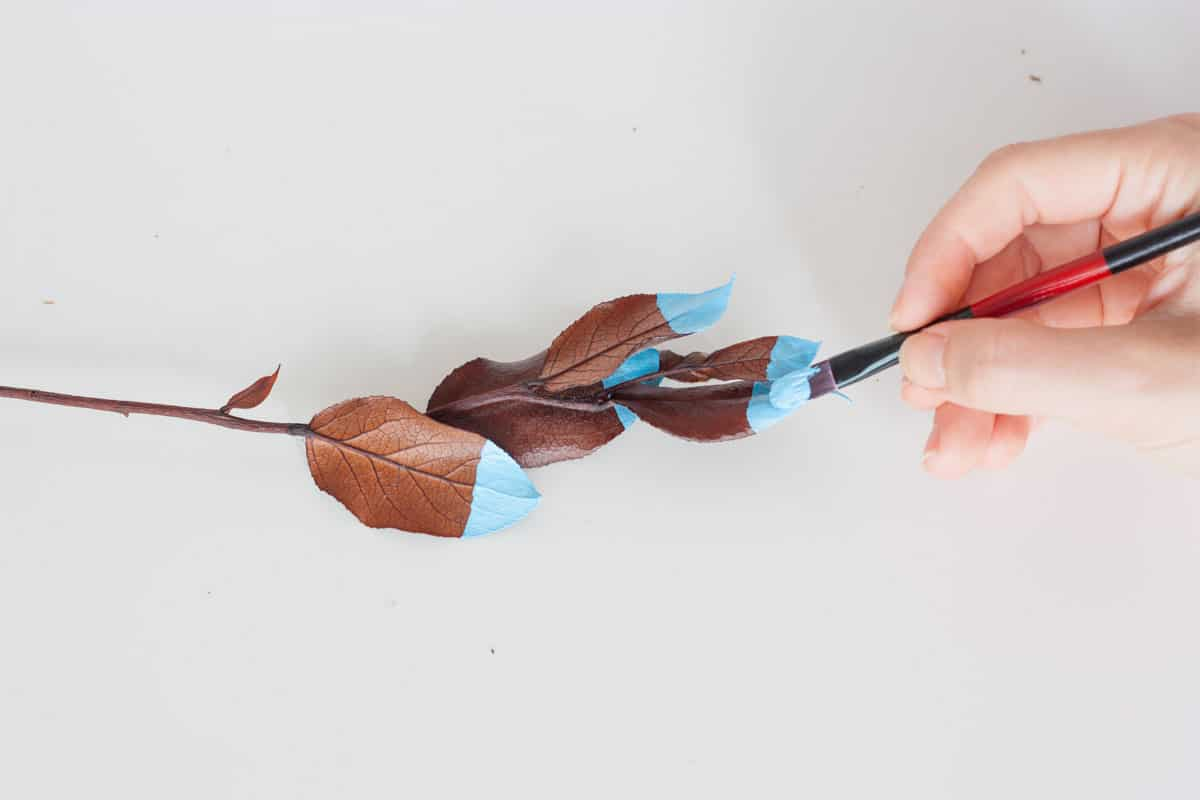 Fall leaf wall hanging paint