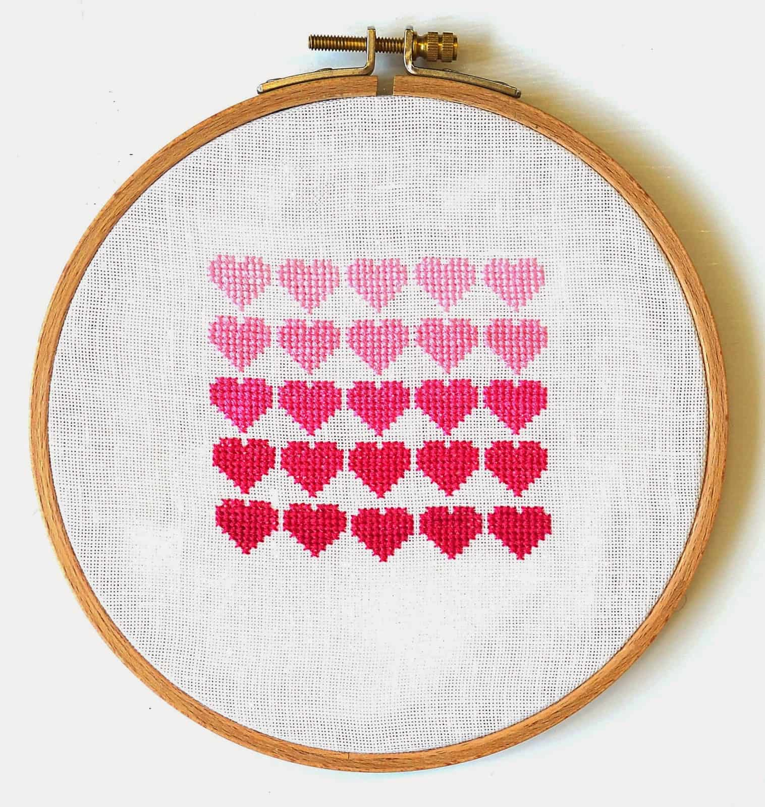 Pink ombre hearts cross stitch tutorial
