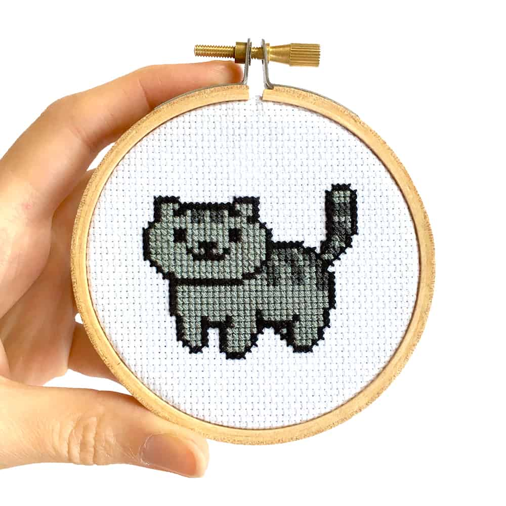 Tiny cat cross stitch tutorial