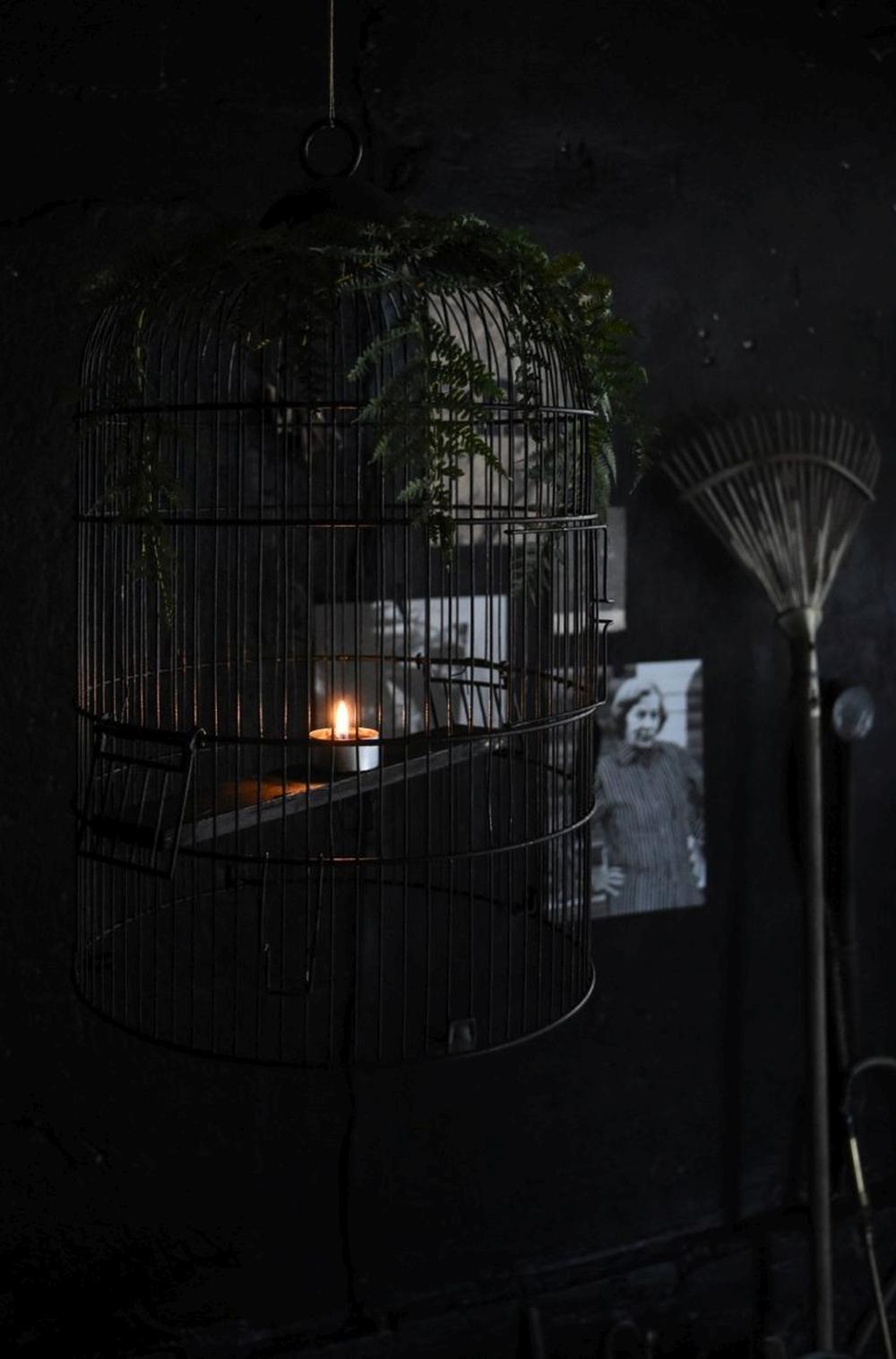 Birdcage chandelier halloween craft ideas