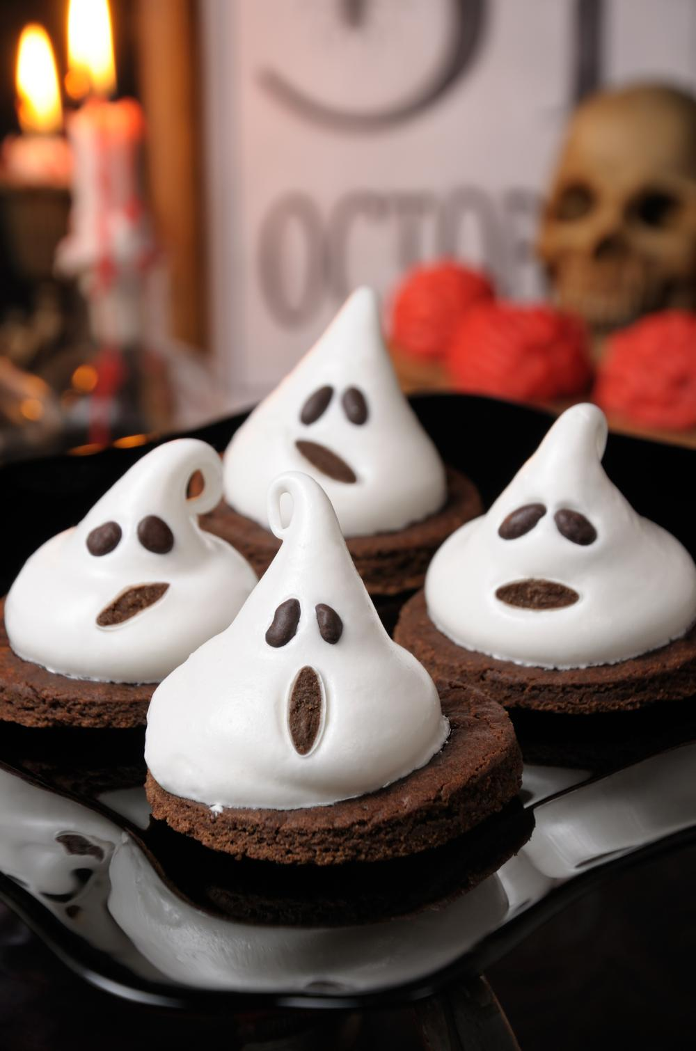 Cake ghosts easy halloween appetizers