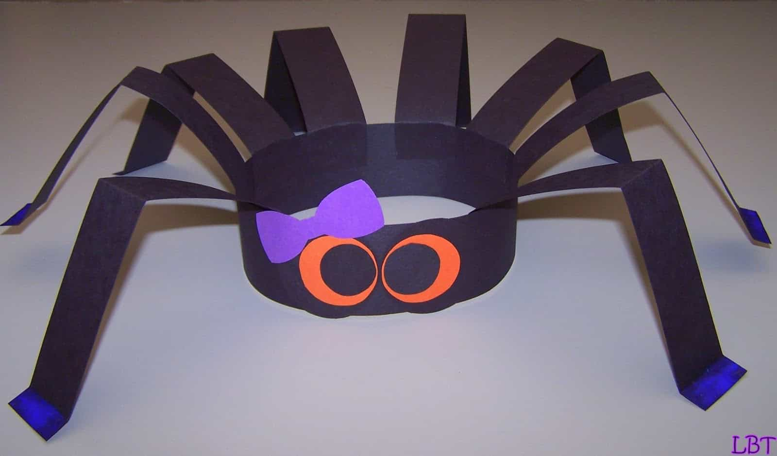 Construction paper spider hats