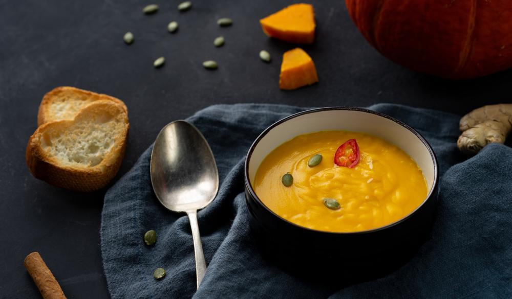 Cream pumpkin soup halloween treat ideas