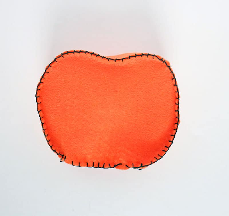 Diy mini felt pumpkin tote stitch