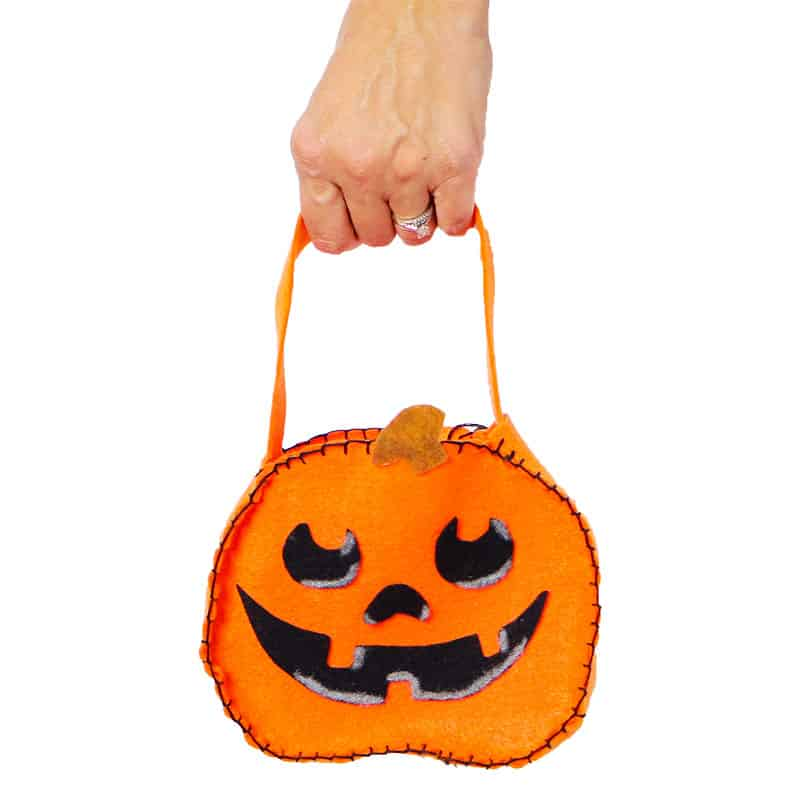 Diy mini felt pumpkin tote project