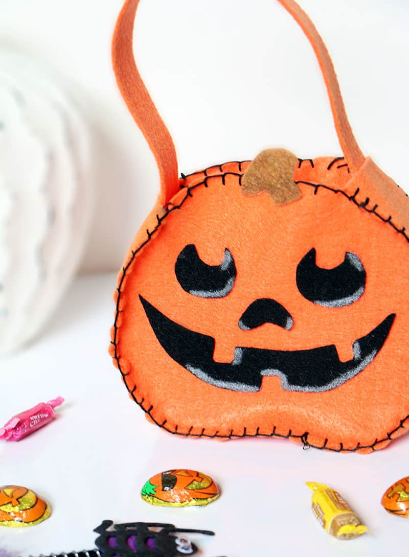 DIY Mini Felt Pumpkin Tote