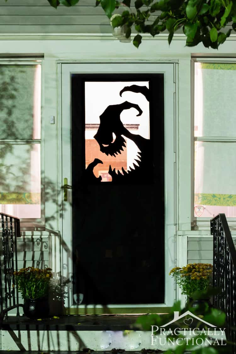 15 diy halloween doors to spook trick or treaters with diy vinyl halloween door decorations nightmare before christmas solutioingenieria Gallery