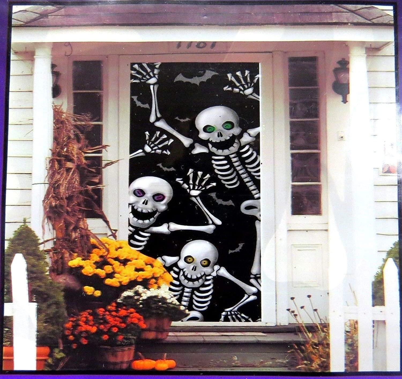 Dancing skeletons' halloween door