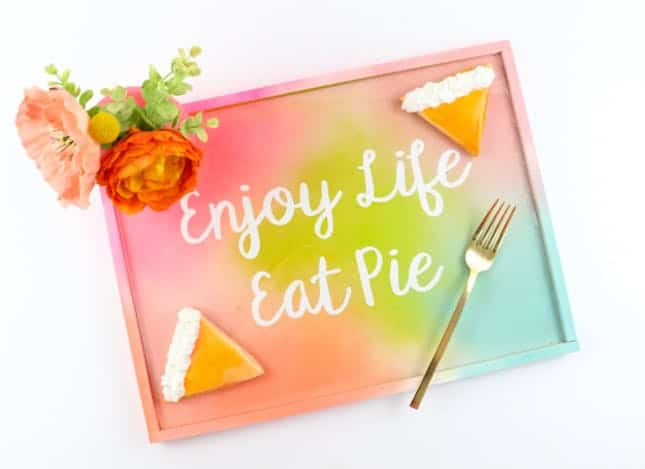 Eat pie tray
