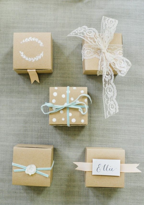 Fanciful folded box favours