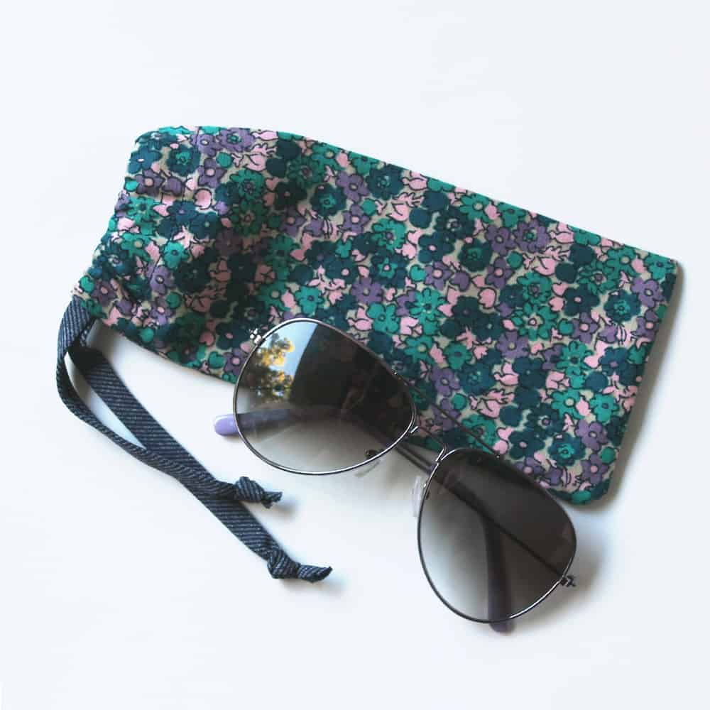 Floral drawstring glasses case