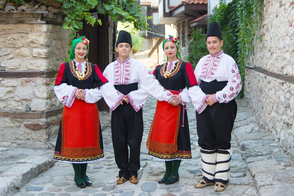 Funny group halloween costumes traditional costumes